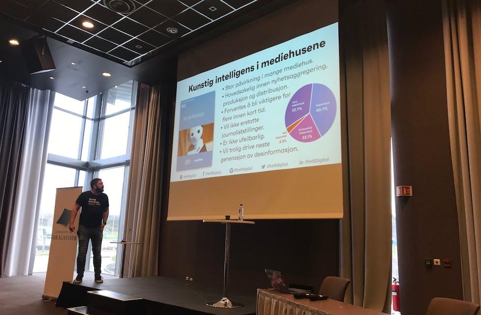 Marius Karlsen i Helt Digital holdt åpningsforedraget torsdag ettermiddag.