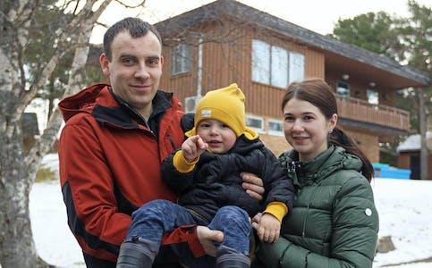 Flatangernytt har intervjuet en litauisk familie som bidrar til å holde folketallet oppe. Foto: Flatangernytt